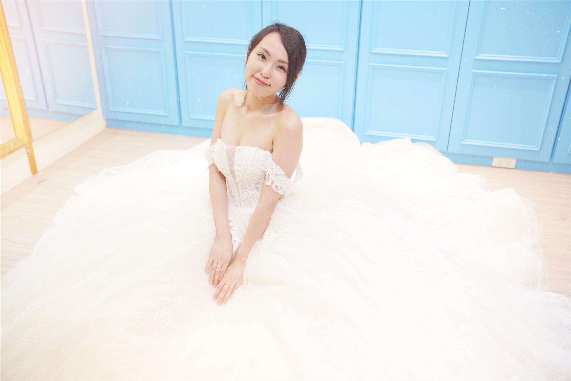 【婚紗試穿】台北市| Eudora 恩朵拉精緻手工婚紗 ~ 性感、典雅又氣派的唯美婚紗